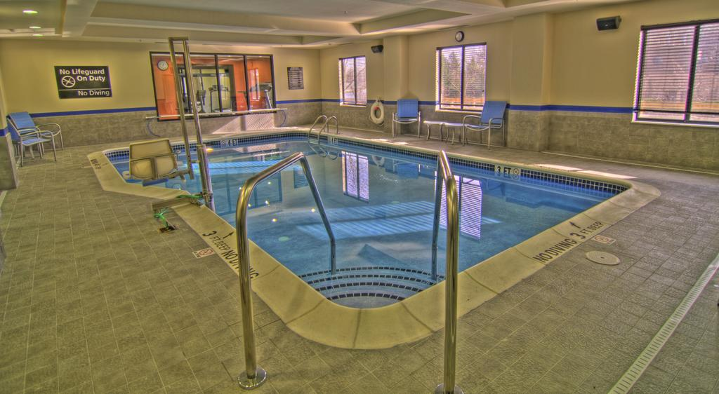Hampton Inn Parsippany Hotel Pool